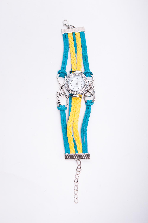 ЧасыЧасы<br>Элегантные часы с браслетом из кожаных ремешков  В изделии использованы цвета: голубой, желтый<br><br>По сезону: Всесезон<br>Размер : UNI<br>Материал: Искусственная кожа + Искусственная замша<br>Количество в наличии: 1