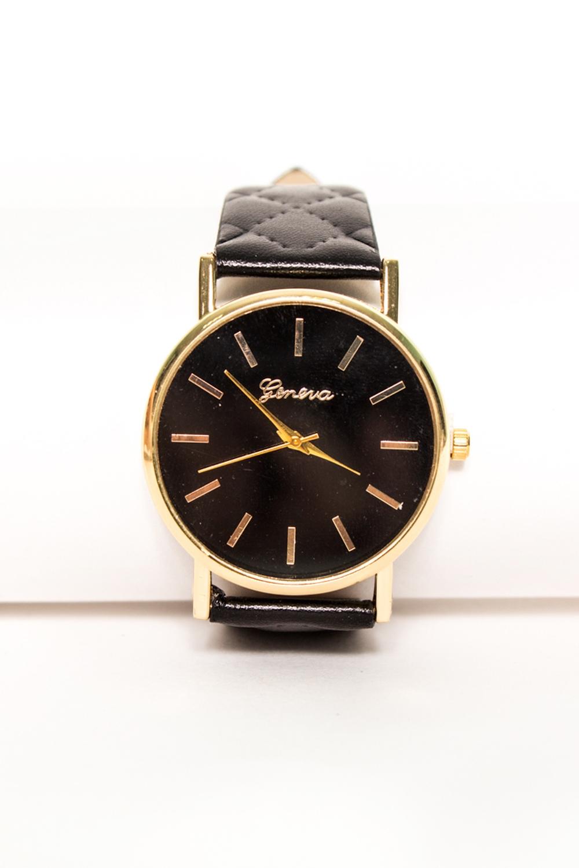 ЧасыЧасы<br>Лаконичные часы с черным циферблатом на ярком черном кожаном браслете.    Цвет: черный<br><br>Размер : UNI<br>Материал: Искусственная кожа<br>Количество в наличии: 1