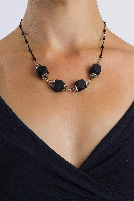 Ожерелье найденская н г трубецкова и а триумф черного платья создай свой неповторимый стиль