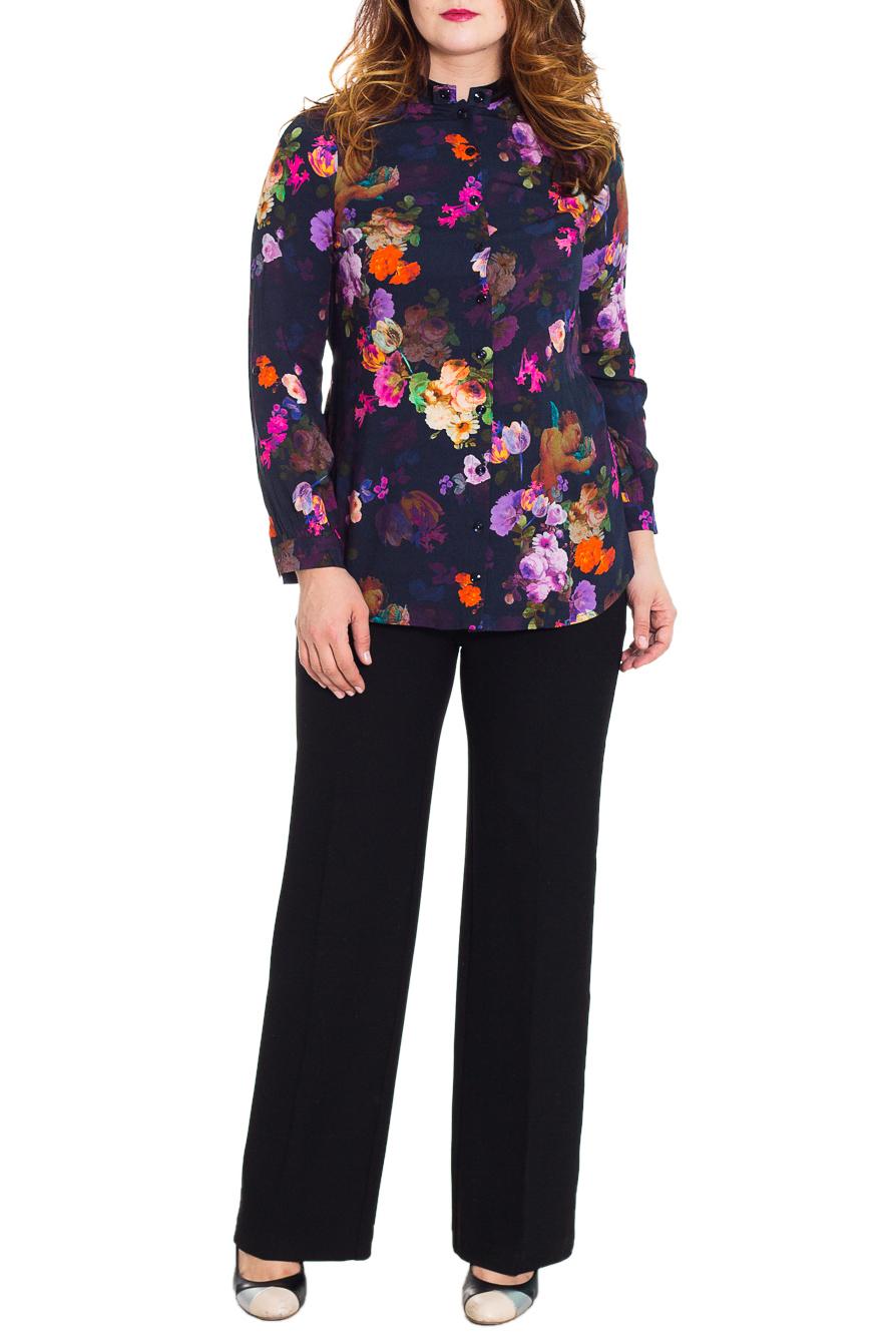 БрюкиБрюки<br>Классические женские брюки прямого силуэта. Модель выполнена из плотного материала. Отличный выбор для повседневного и делового гардероба.  Цвет: черный  Рост девушки-фотомодели 180 см<br><br>По длине: Удлиненные<br>По материалу: Тканевые<br>По образу: Город,Офис,Свидание<br>По рисунку: Однотонные<br>По сезону: Весна,Осень,Зима<br>По силуэту: Прямые<br>По стилю: Классический стиль,Офисный стиль,Повседневный стиль<br>По форме: Классические<br>Размер : 48,50<br>Материал: Костюмная ткань<br>Количество в наличии: 2