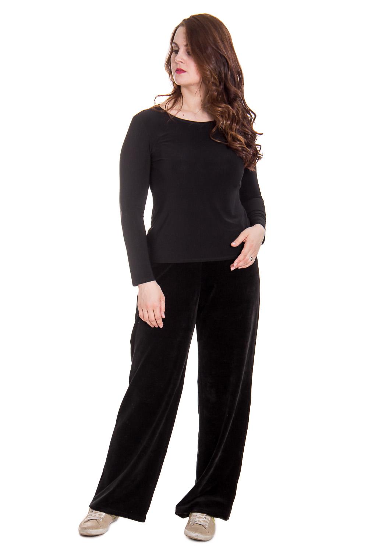 БрюкиБрюки<br>Женские домашние велюровые брюки. Домашняя одежда, прежде всего, должна быть удобной, практичной и красивой. В нашей домашней одежде Вы будете чувствовать себя комфортно, особенно, по вечерам после трудового дня.  Цвет: черный  Рост девушки-фотомодели 180 см<br><br>По материалу: Велюровые<br>По рисунку: Однотонные<br>По сезону: Зима<br>По силуэту: Свободные<br>По элементам: На резинке<br>По форме: Брюки-клеш<br>По длине: Удлинненые<br>Размер: 58<br>Материал: 80% хлопок 20% полиэстер<br>Количество в наличии: 1