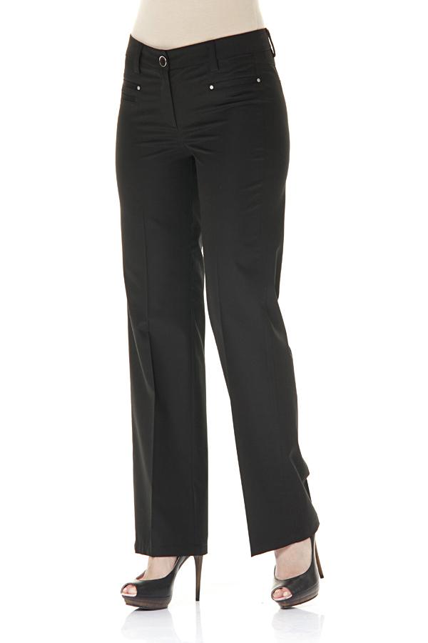 БрюкиБрюки<br>Классические брюки прямого силуэта с карманами обманками. Отличный выбор для повседневного и делового гардероба.  Цвет: черный  Ростовка изделия 170 см.<br><br>По материалу: Тканевые,Хлопок<br>По рисунку: Однотонные<br>По силуэту: Приталенные<br>По стилю: Офисный стиль,Повседневный стиль<br>По форме: Классические<br>По элементам: Со стрелками<br>По сезону: Осень,Весна,Зима<br>Размер : 44<br>Материал: Костюмная ткань<br>Количество в наличии: 1