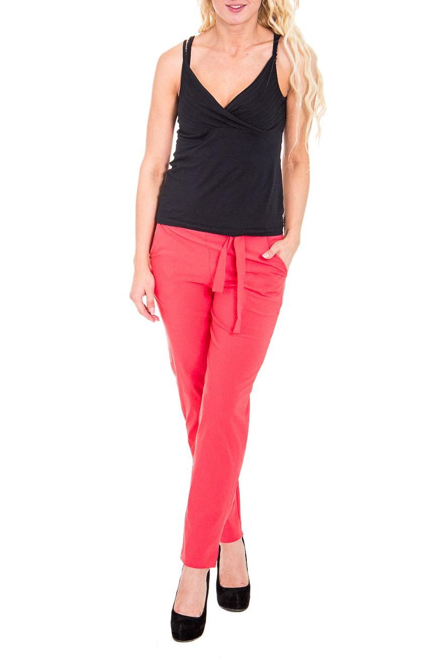 БрюкиБрюки<br>Чудесные женские укороченные брюки с карманами в боковых швах. Модель выполнена из плотного материала. Отличный выбор для повседневного и делового гардероба.  Цвет: коралловый  Рост девушки-фотомодели 170 см<br><br>По материалу: Тканевые<br>По рисунку: Однотонные<br>По сезону: Лето<br>По силуэту: Полуприталенные<br>По стилю: Кэжуал,Летний стиль,Повседневный стиль<br>По элементам: С декором,С заниженной талией,С завязками,С карманами<br>По длине: Укороченные<br>Размер : 46<br>Материал: Костюмно-плательная ткань<br>Количество в наличии: 1