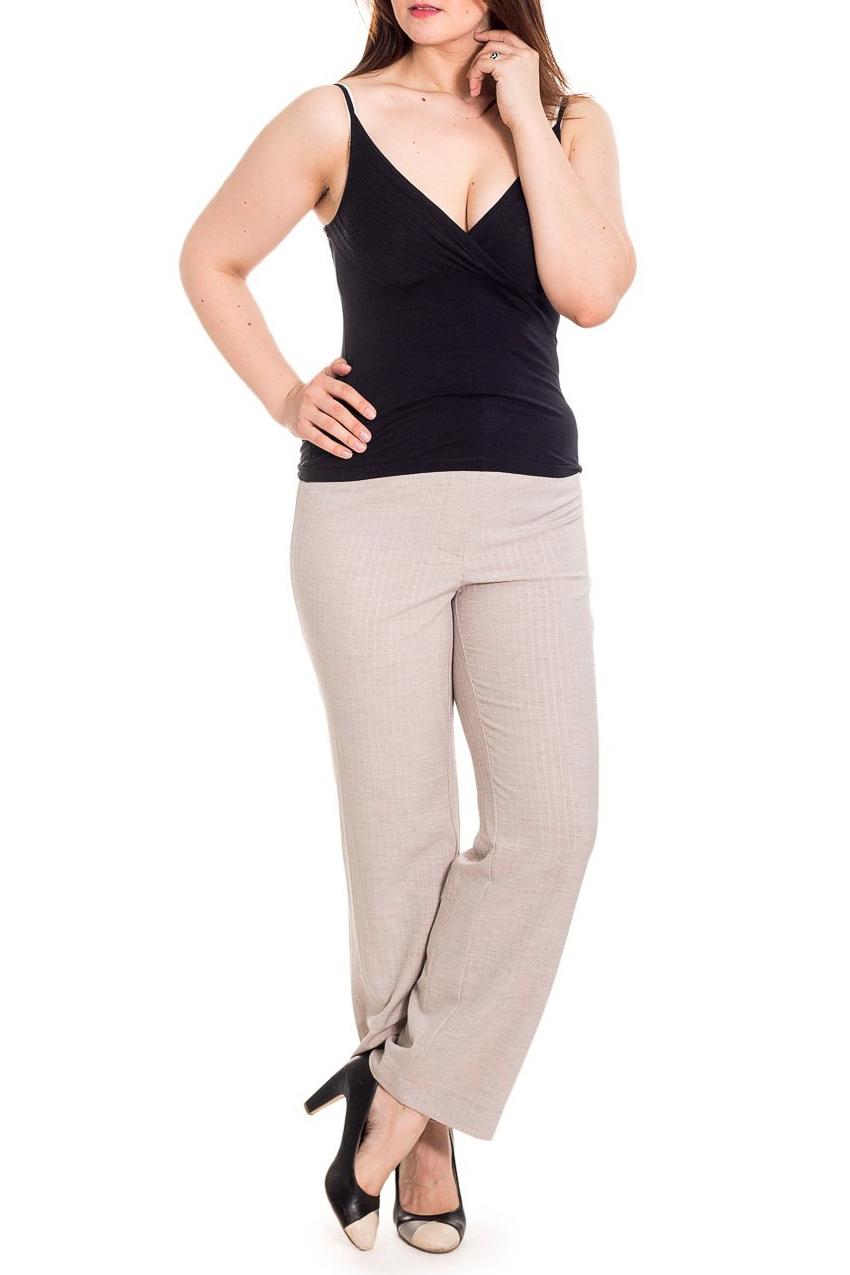 БрюкиБрюки<br>Классический летний вариант брюк из льна.  Благодаря высокой посадке и резинке в поясе хорошо сидят на любой фигуре.  Цвет: бежевый  Рост девушки-фотомодели 180 см<br><br>По материалу: Хлопок<br>По рисунку: Однотонные<br>По силуэту: Полуприталенные<br>По стилю: Повседневный стиль,Летний стиль<br>По сезону: Лето<br>Размер : 48<br>Материал: Лен<br>Количество в наличии: 1