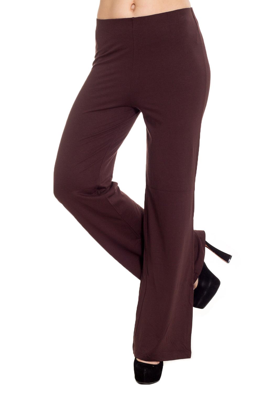 БрюкиБрюки<br>Удобные брюки полуприталенного силуэта из мягкой вискозы. Отличный выбор для повседневного гардероба.  Цвет: коричневый  Рост девушки-фотомодели 170 см.<br><br>По материалу: Вискоза,Трикотаж<br>По рисунку: Однотонные<br>По силуэту: Полуприталенные<br>По стилю: Офисный стиль,Повседневный стиль<br>По элементам: С заниженной талией<br>По сезону: Осень,Весна,Зима<br>Размер : 44<br>Материал: Вискоза<br>Количество в наличии: 1