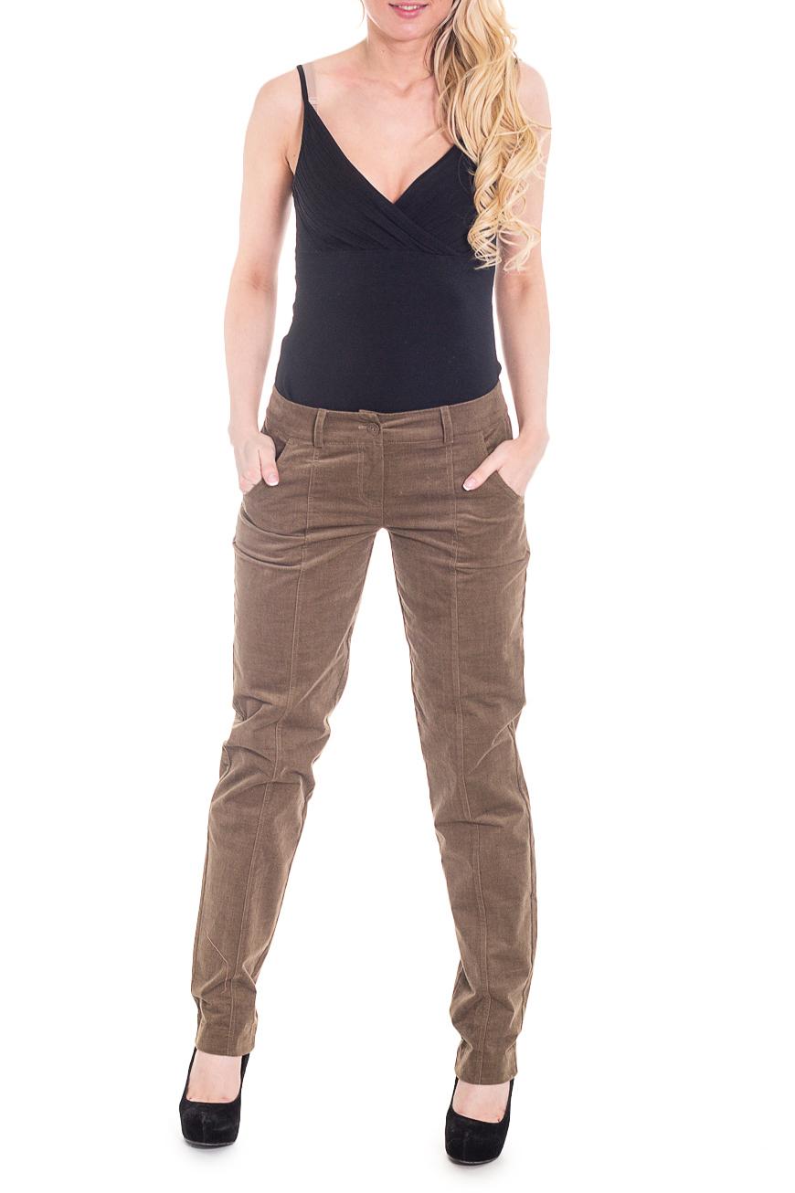 БрюкиБрюки<br>Женские брюки из мягкого и теплого вельвета. Отличный выбор для повседневного и делового гардероба.  Цвет: коричневый  Рост девушки-фотомодели 170 см.<br><br>По материалу: Трикотаж<br>По рисунку: Однотонные<br>По силуэту: Полуприталенные<br>По стилю: Офисный стиль,Повседневный стиль<br>По форме: Классические<br>По сезону: Зима<br>Размер : 44<br>Материал: Вельвет<br>Количество в наличии: 1