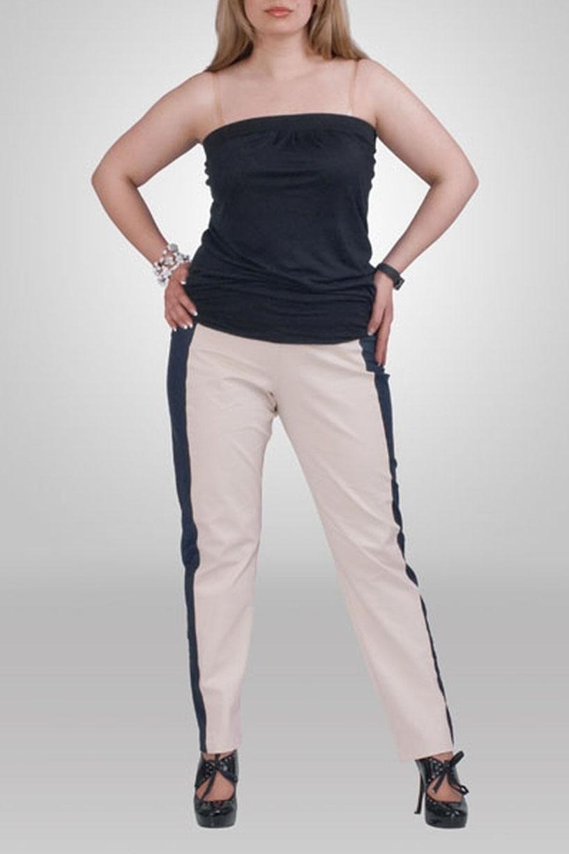 БрюкиБрюки<br>Удобные брюки из плотного материала. Отличный выбор для любого случая.  Цвет: бежевый, синий  Рост девушки-фотомодели 173 см<br><br>По материалу: Трикотаж<br>По рисунку: Цветные<br>По силуэту: Приталенные<br>По стилю: Повседневный стиль<br>По форме: Зауженные<br>По сезону: Осень,Весна<br>Размер : 64,66<br>Материал: Костюмная ткань<br>Количество в наличии: 5
