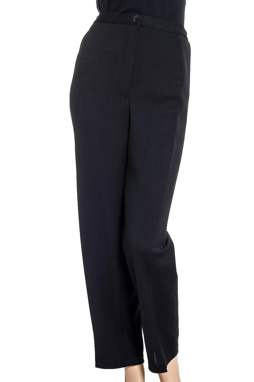 БрюкиБрюки<br>Классические брюки со стрелками. Модель выполнена из приятного материала. Отличный выбор для повседневного и делового гардероба.  Цвет: черный  Ростовка изделия 164 см.<br><br>По материалу: Тканевые<br>По рисунку: Однотонные<br>По силуэту: Полуприталенные<br>По стилю: Классический стиль,Офисный стиль,Повседневный стиль<br>По форме: Классические<br>По элементам: Со стрелками<br>По сезону: Осень,Весна<br>Размер : 60,64,66,68,70,72,74<br>Материал: Костюмная ткань<br>Количество в наличии: 10