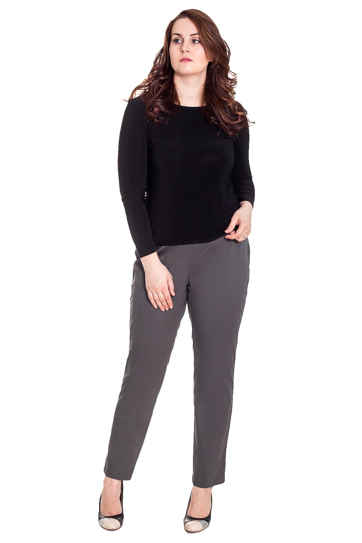 БрюкиБрюки<br>Удобные брюки из плотного материала. Отличный выбор для любого случая.  Цвет: серый  Рост девушки-фотомодели 180 см<br><br>По образу: Город,Офис,Свидание<br>По стилю: Классический стиль,Офисный стиль,Повседневный стиль<br>По материалу: Тканевые<br>По рисунку: Однотонные<br>По сезону: Осень,Весна<br>По силуэту: Полуприталенные<br>По форме: Классические<br>Размер: 58,62,64,66<br>Материал: 70% полиэстер 15% вискоза 5%шерсть10%эластан<br>Количество в наличии: 6