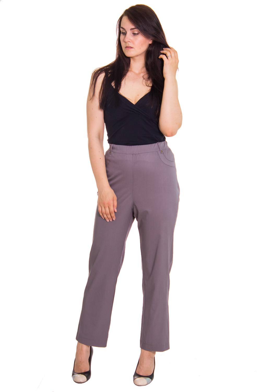 БрюкиБрюки<br>Женские брюки из плотного материала. Отличный выбор для повседневного и делового гардероба.  Цвет: серо-бежевый  Рост девушки-фотомодели 180 см<br><br>По образу: Город,Офис,Свидание<br>По стилю: Повседневный стиль,Молодежный стиль,Офисный стиль<br>По материалу: Тканевые<br>По рисунку: Однотонные<br>По сезону: Весна,Осень<br>По силуэту: Прямые,Полуприталенные<br>По элементам: С резинкой<br>По форме: Зауженные<br>По длине: Удлиненные<br>Размер: 52,56,58,64,66<br>Материал: 70% полиэстер 15% вискоза 5%шерсть10%эластан<br>Количество в наличии: 4
