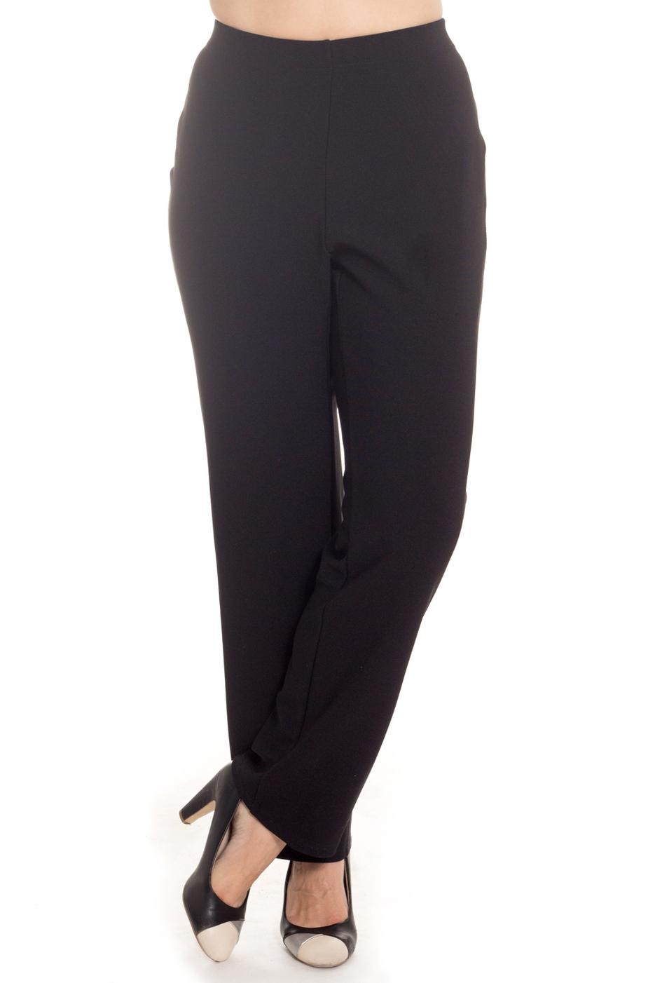 БрюкиБрюки<br>Классические женские брюки. Модель выполнена из приятного материала. Отличный выбор для любого случая.  Цвет: черный  Рост девушки-фотомодели 180 см<br><br>По материалу: Тканевые<br>По рисунку: Однотонные<br>По силуэту: Полуприталенные<br>По стилю: Офисный стиль,Повседневный стиль<br>По форме: Классические<br>По сезону: Осень,Весна,Зима<br>Размер : 56,58,60,62,64,66,68<br>Материал: Костюмная ткань<br>Количество в наличии: 18