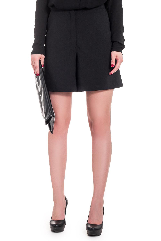 ШортыШорты<br>Классические шорты относятся к основным предметам базового гардероба каждой девушки. И это неудивительно, ведь классика всегда актуальна.  Шорты с притачным поясом и застежкой на молнию и потайную кнопку. Карманы с отрезным бочком на передней части изделия.  Цвет: черный.  Рост девушки-фотомодели 168 см  Длина изделия: 40 размер - 45 ± 2 см 42 размер - 45 ± 2 см 44 размер - 45 ± 2 см 46 размер - 45 ± 2 см 48 размер - 47 ± 2 см 50 размер - 47 ± 2 см 52 размер - 47 ± 2 см<br><br>По длине: Мини,До колена<br>По материалу: Костюмные ткани,Тканевые<br>По рисунку: Однотонные<br>По сезону: Весна,Зима,Лето,Осень,Всесезон<br>По стилю: Классический стиль,Кэжуал,Летний стиль,Молодежный стиль,Офисный стиль,Повседневный стиль,Романтический стиль,Ультрамодный стиль<br>По форме: Брюки-шорты<br>По элементам: С декором,С завышенной талией,С карманами,С кнопками,С молнией,Со складками<br>Размер : 42,44,46,48,50<br>Материал: Костюмно-плательная ткань<br>Количество в наличии: 19