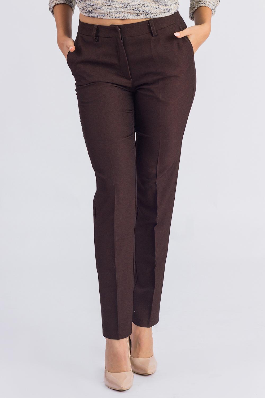 БрюкиБрюки<br>Бесспорный тренд последних модных сезонов - укороченные женские брюки. Строгие геометрические линии, однотонные расцветки станут отличной заменой обычным классическим моделям. Дополните эти стильные брюки модными аксессуарами и завершите образ успешной женщины  Брюки зауженные, с заниженной линией талии, на поясе со шлевками. На передней части изделия гульфик с застежкой на молнию и потайной крючок и карманы с отрезным бочком.  Цвет: темно-коричневый.  Рост девушки-фотомодели 168 см.  Длина изделия по боковому шву - 96 ± 2 см  Длина внутреннего шва - 73 ± 2 см  При создании образа, который Вы видите на фотографии, также была использована стильная блузка арт. DG4616(3004-2091). Для просмотра модели введите артикул в строке поиска.<br><br>По длине: Укороченные<br>По материалу: Костюмные ткани,Тканевые<br>По рисунку: Однотонные<br>По сезону: Весна,Зима,Лето,Осень,Всесезон<br>По силуэту: Приталенные<br>По стилю: Классический стиль,Кэжуал,Офисный стиль,Повседневный стиль<br>По форме: Зауженные,Классические<br>По элементам: С декором,С заниженной талией,С карманами,С молнией,Со стрелками<br>Размер : 42,44,46,48,50<br>Материал: Костюмно-плательная ткань<br>Количество в наличии: 10
