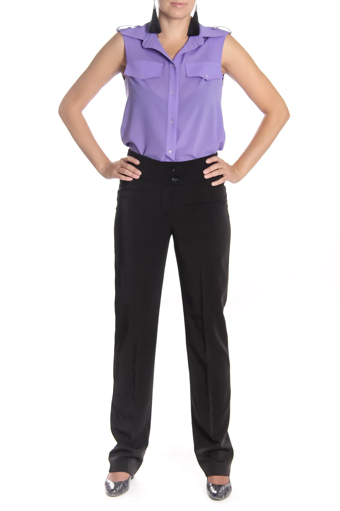 БрюкиБрюки<br>Классические женские брюки со стрелками. Модель выполнена из плотной костюмной ткани. Отличный выбор для любого случая.  Длина изделия:  44 размер 113 см 46 размер 113 см 48 размер 113 см 50 размер 115 см 52 размер 115 см 54 размер 115 см  Цвет: черный<br><br>По материалу: Тканевые<br>По рисунку: Однотонные<br>По сезону: Весна,Осень,Зима<br>По силуэту: Полуприталенные<br>По стилю: Классический стиль,Офисный стиль,Повседневный стиль<br>По форме: Классические<br>По элементам: Со стрелками<br>Размер : 44,46<br>Материал: Костюмная ткань<br>Количество в наличии: 2