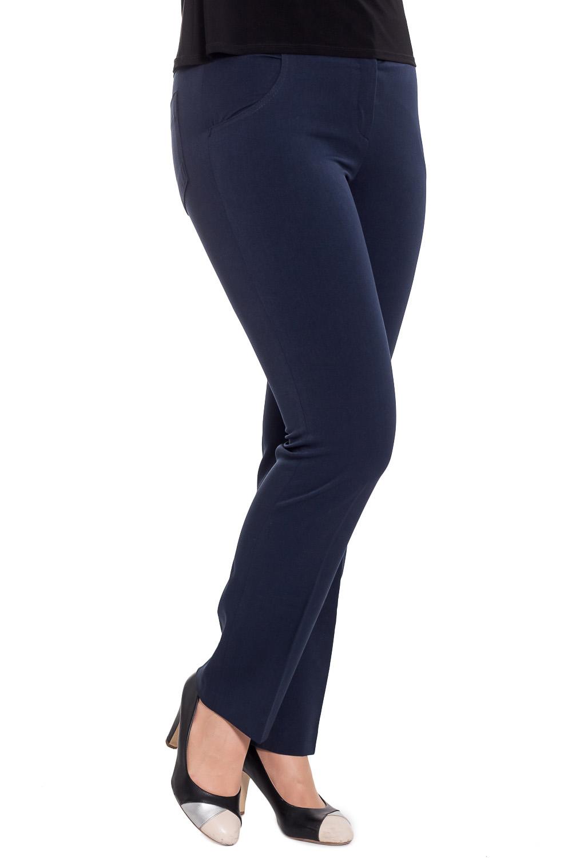 БрюкиБрюки<br>Прелестные брюки из плотной костюмной ткани. Отличный выбор для делового гардероба. Ростовка изделия 170 см.  Цвет: синий  Рост девушки-фотомодели 180 см<br><br>По материалу: Тканевые<br>По рисунку: Однотонные<br>По силуэту: Полуприталенные<br>По стилю: Офисный стиль,Повседневный стиль<br>По форме: Классические<br>По элементам: Со стрелками<br>По сезону: Осень,Весна,Зима<br>Размер : 48<br>Материал: Костюмная ткань<br>Количество в наличии: 1