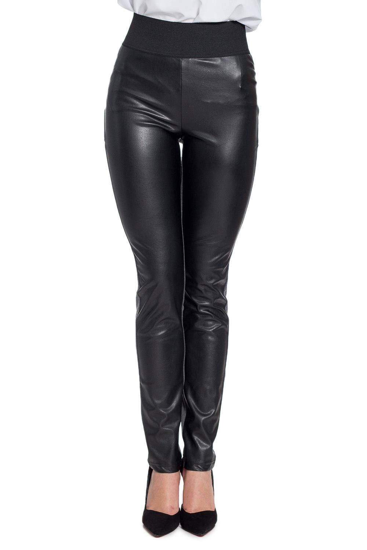 БрюкиБрюки<br>Ультрамодные брюки обтягивающего силуэта. Модель выполнена из искусственной кожи и эластичного трикотажа. Отличный выбор для повседневного гардероба.  В изделии использованы цвета: черный, серый  Рост девушки-фотомодели 170 см<br><br>По материалу: Вискоза,Трикотаж<br>По рисунку: Цветные<br>По силуэту: Приталенные<br>По стилю: Молодежный стиль,Повседневный стиль,Ультрамодный стиль<br>По форме: Зауженные<br>По элементам: С карманами,С резинкой<br>По сезону: Осень,Весна<br>Размер : 44,46<br>Материал: Трикотаж + Искусственная кожа<br>Количество в наличии: 2