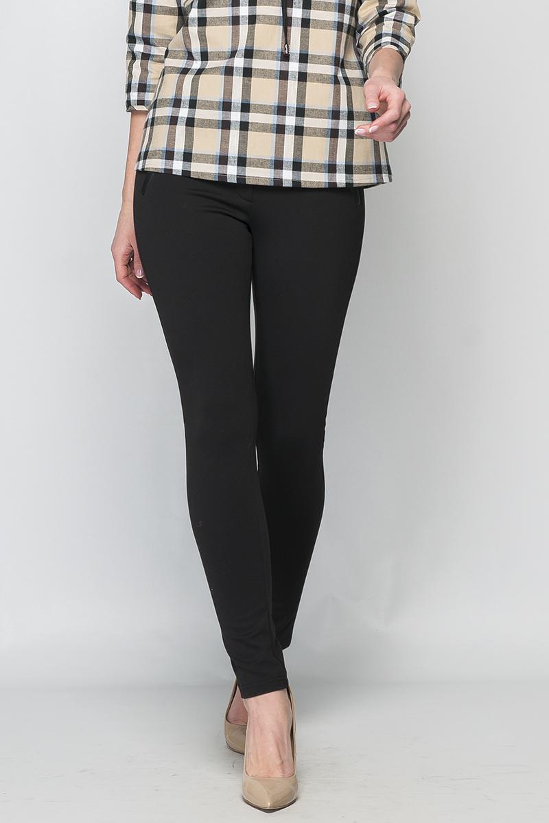 БрюкиБрюки<br>Стильные женские брюки из плотного трикотажа. Прилегающего силуэта, зауженные. Застежка на молнию и две кнопки. Пояс и декоративные листочки, имитирующие карманы выполнены из эко-кожи. Данная модель подойтет для комбинирования с яркими блузами, туниками и создаст Ваш неповторимый образ.   Параметры изделия:  44 размер: обхват талии - 72 см, обхват бедер - 96 см, длина изделия -98 см;  52 размер: обхват талии - 86 см, обхват бедер - 108 см, длина изделия -99 см.  Цвет: черный  Рост девушки-фотомодели 170 см<br><br>По материалу: Трикотаж<br>По рисунку: Однотонные<br>По силуэту: Приталенные,Обтягивающие<br>По стилю: Офисный стиль,Повседневный стиль,Кэжуал<br>По форме: Зауженные<br>По элементам: С кожаными вставками,С декором<br>По сезону: Осень,Весна,Зима<br>Размер : 40,42,44,46,48,50<br>Материал: Трикотаж + Искусственная кожа<br>Количество в наличии: 6