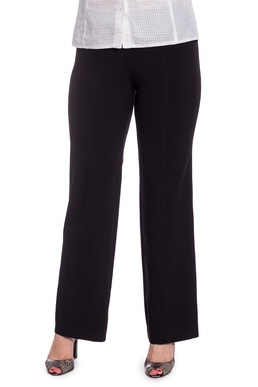 БрюкиБрюки<br>Классические женские брюки со стрелками. Модель выполнена из костюмной ткани. Отличный выбор для повседневного и делового гардероба. Ростовка изделия 170 см.  В изделии использованы цвета: черный  Рост девушки-фотомодели 180 см<br><br>По материалу: Костюмные ткани,Тканевые<br>По рисунку: Однотонные<br>По сезону: Весна,Зима,Осень,Всесезон<br>По силуэту: Полуприталенные<br>По стилю: Офисный стиль,Повседневный стиль<br>По элементам: С завышенной талией,Со стрелками<br>Размер : 46,48,50<br>Материал: Костюмная ткань<br>Количество в наличии: 3