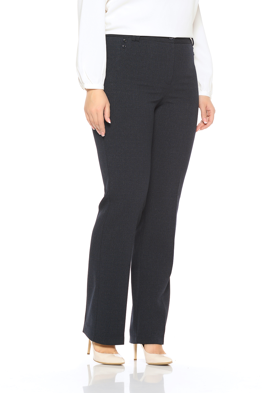 БрюкиБрюки<br>Женские классические брюки прямого силуэта, зауженные к низу, на притачном поясе со шлевками. Застежка расположена спереди на молнию и закрепляется на пуговицу. Спереди данная модель декорирована пуговицами. Великолепный офисный и повседневный вариант, для женщин которые обладают пышными формами, благодаря безупречной посадке, великолепный внешний вид будет обеспечен в течении всего дня.В изделии использованы цвета: графитРостовка изделия 170 см.Параметры размеров:40 размер - обхват груди 84 см., обхват талии 62 см., обхват бедер 88 см.42 размер - обхват груди 88 см., обхват талии 66 см., обхват бедер 92 см.44 размер - обхват груди 92 см., обхват талии 70 см., обхват бедер 96 см.46 размер - обхват груди 96 см., обхват талии 74 см., обхват бедер 100 см.48 размер - обхват груди 100 см., обхват талии 78 см., обхват бедер 104 см.50 размер - обхват груди 104 см., обхват талии 82 см., обхват бедер 108 см.52 размер - обхват груди 108 см., обхват талии 86 см., обхват бедер 112 см.54 размер - обхват груди 112 см., обхват талии 90 см., обхват бедер 116 см.56 размер - обхват груди 116 см., обхват талии 94 см., обхват бедер 120 см.58 размер - обхват груди 120 см., обхват талии 100 см., обхват бедер 126 см.60 размер - обхват груди 124 см., обхват талии 105 см., обхват бедер 131 см.62 размер - обхват груди 128 см., обхват талии 110 см., обхват бедер 136 см.64 размер - обхват груди 132 см., обхват талии 115 см., обхват бедер 141 см.66 размер - обхват груди 136 см., обхват талии 120 см., обхват бедер 146 см.<br><br>Материал: Костюмные ткани,Тканевые<br>Рисунок: Однотонные<br>Сезон: Весна,Всесезон,Зима,Лето,Осень<br>Силуэт: Полуприталенные<br>Стиль: Классический стиль,Офисный стиль,Повседневный стиль<br>Форма: Классические<br>Размер : 48,50,52<br>Материал: Костюмная ткань<br>Количество в наличии: 3