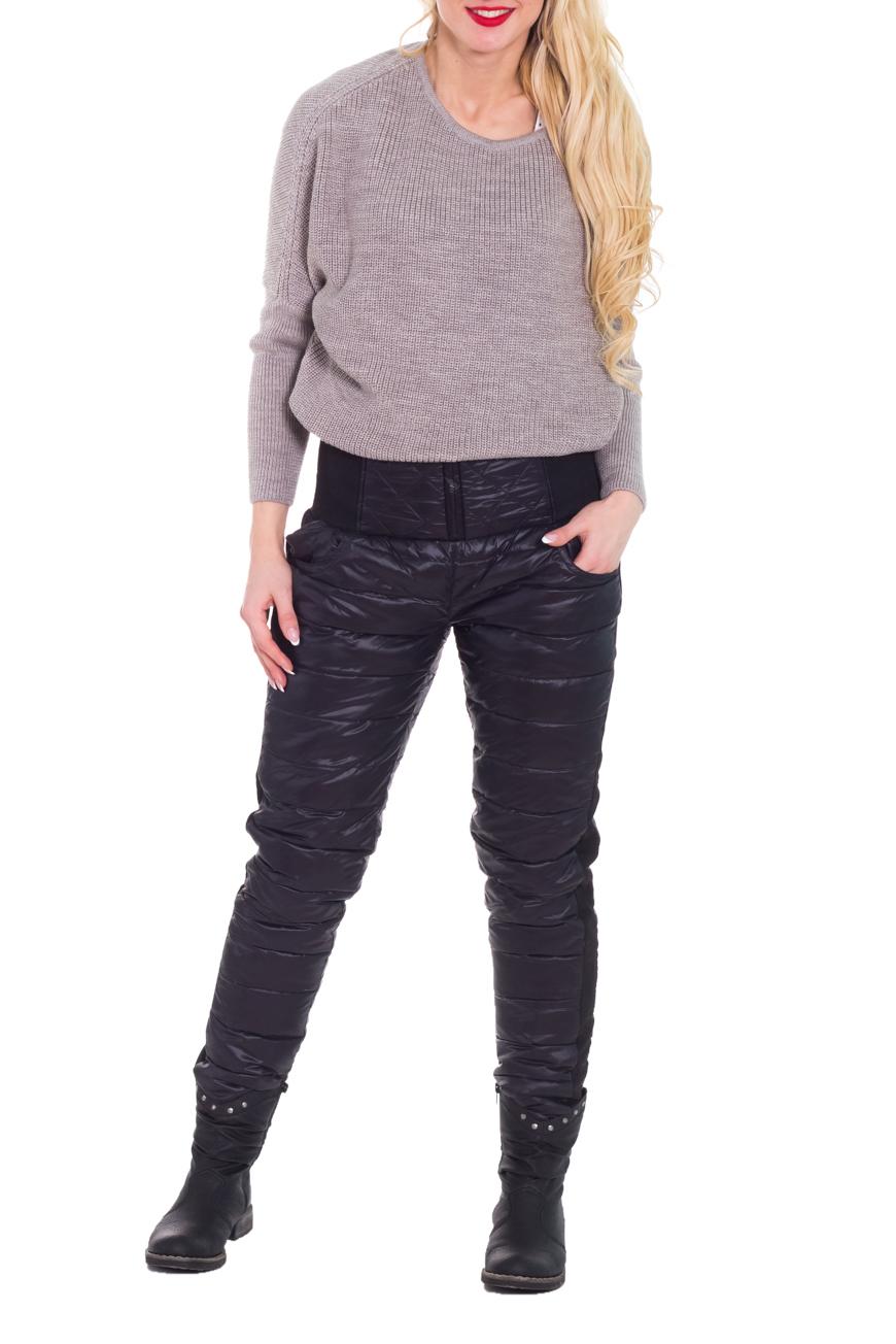 БрюкиБрюки<br>Утеплённые брюки зауженные к низу. Отличный выбор для повседневного гардероба и активного отдыха  Цвет: черный  Рост девушки-фотомодели 170 см<br><br>По материалу: Тканевые<br>По рисунку: Однотонные<br>По сезону: Зима<br>По силуэту: Приталенные<br>По стилю: Повседневный стиль,Спортивный стиль<br>По форме: Зауженные<br>По элементам: С карманами,С резинкой<br>Размер : 48<br>Материал: Болонья<br>Количество в наличии: 1