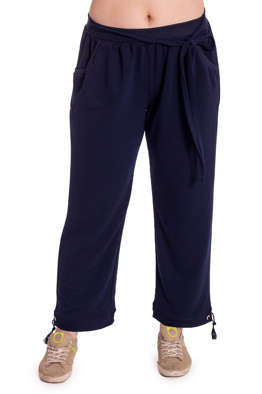 БрюкиБрюки<br>Удобные брюки свободного силуэта. Домашняя одежда, прежде всего, должна быть удобной, практичной и красивой. В брюках Вы будете чувствовать себя комфортно, особенно, по вечерам после трудового дня.  Цвет: синий  Рост девушки-фотомодели 180 см.<br><br>По рисунку: Однотонные<br>По сезону: Весна,Зима,Лето,Осень,Всесезон<br>По силуэту: Свободные<br>По элементам: С карманами<br>По длине: Удлиненные<br>По материалу: Трикотаж,Хлопок<br>Размер : 46<br>Материал: Трикотаж<br>Количество в наличии: 1