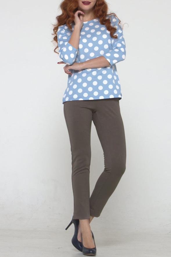 БрюкиБрюки<br>Брюки из трикотажного полотна плотно облегающие фигуру с внутренними боковыми карманами, по низу боковых швов - небольшие разрезы. Длина брюк 7/8. Модель укороченного силуэта сочетается с большинством оттенков и подходит для создания как повседневного, так и выходного образа.    Цвет: серо-коричневый  Рост девушки-фотомодели 175 см.<br><br>По длине: Укороченные<br>По материалу: Трикотаж<br>По рисунку: Однотонные<br>По силуэту: Приталенные<br>По стилю: Офисный стиль,Повседневный стиль<br>По форме: Зауженные<br>По элементам: С карманами<br>По сезону: Осень,Весна,Зима<br>Размер : 46,48,50,52<br>Материал: Трикотаж<br>Количество в наличии: 4