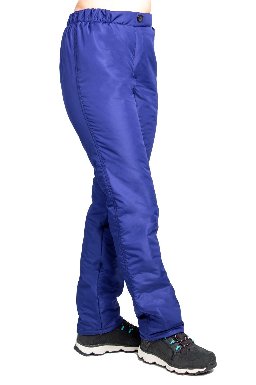 БрюкиБрюки<br>Утеплённые брюки на синтепоне. Пояс на резинке отлично подойдет женщинам с любой фигурой. Брюки прямого покроя с утеплителем Ультрастеп. Пояс на резинке. Имитация молнии, пуговица.  Цвет: синий  Рост девушки-фотомодели 180 см.<br><br>По материалу: Тканевые,Шерсть<br>По образу: Город,Спорт<br>По рисунку: Однотонные<br>По сезону: Зима<br>По силуэту: Прямые<br>По стилю: Повседневный стиль<br>По элементам: С пуговицами<br>Размер : 46,48,50,52,54,56,58,60<br>Материал: Болонья<br>Количество в наличии: 14