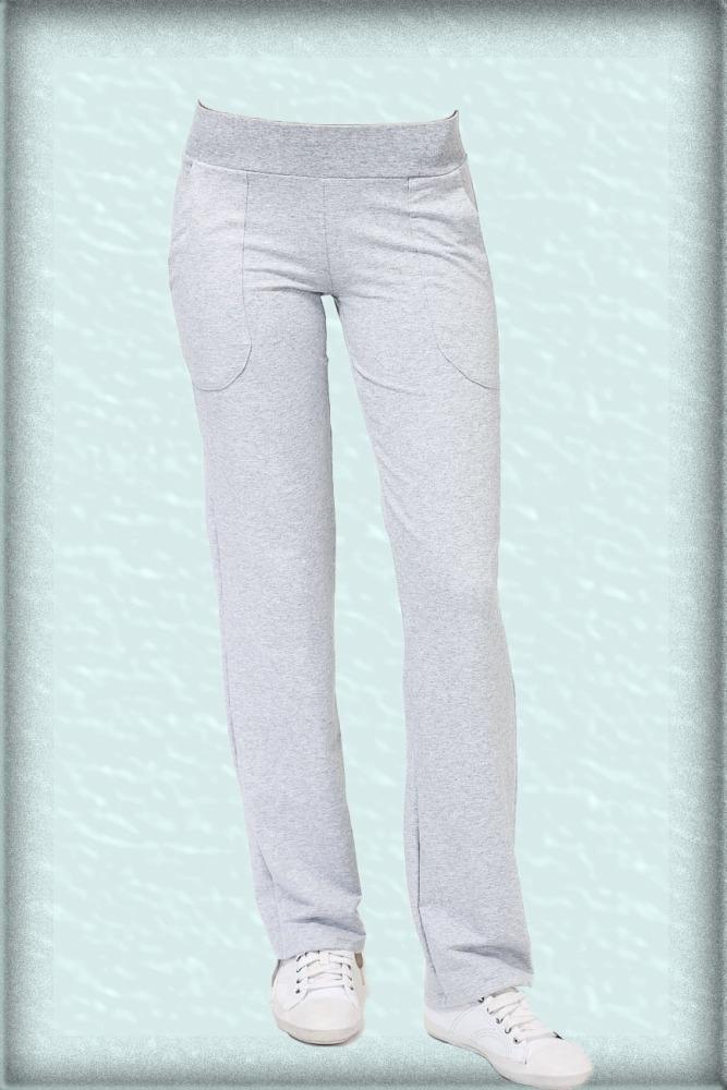 БрюкиСпортивная одежда<br>Спортивные брюки из плотного трикотажа. Отличный выбор для активного отдыха или занятий спортом.  Цвет: серый<br><br>По длине: Макси<br>По материалу: Трикотаж,Хлопок<br>По образу: Город,Спорт<br>По рисунку: Однотонные<br>По силуэту: Приталенные<br>По стилю: Повседневный стиль,Спортивный стиль<br>По форме: Брюки<br>По элементам: С карманами<br>По сезону: Осень,Весна<br>Размер : 50<br>Материал: Трикотаж<br>Количество в наличии: 1