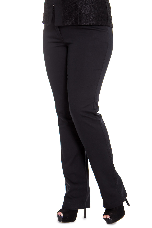 БрюкиБрюки<br>Женские брюки из плотной костюмной ткани. Отличный выбор для повседневного и делового гардероба.  Цвет: черный  Рост девушки-фотомодели 169 см<br><br>По материалу: Тканевые<br>По рисунку: Однотонные<br>По силуэту: Полуприталенные<br>По стилю: Офисный стиль,Повседневный стиль<br>По форме: Классические<br>По сезону: Осень,Весна,Зима<br>Размер : 44<br>Материал: Костюмная ткань<br>Количество в наличии: 2