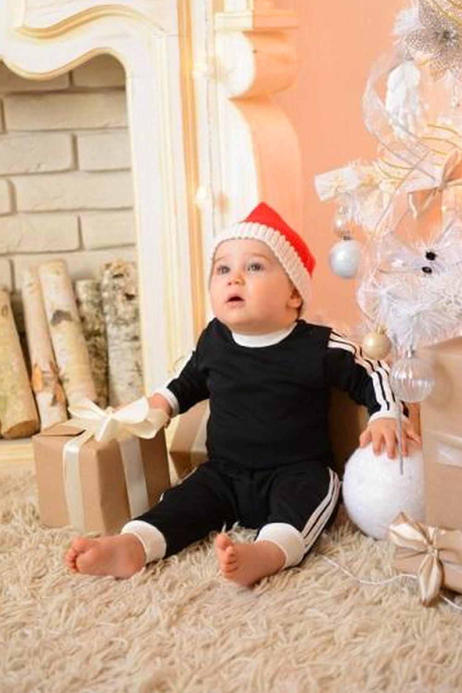 ШтанишкиПолзунки<br>Хлопковые штанишки для новорожденного  В изделии использованы цвета: черный, белый  Размер соответствует росту ребенка<br><br>По возрасту: Ясельные ( от 1 до 3 лет)<br>По материалу: Хлопковые<br>По образу: Повседневные,Спорт<br>По рисунку: В полоску,Цветные<br>По сезону: Весна,Зима,Осень,Всесезон<br>По стилю: Повседневные,Спортивные<br>По форме: Зауженные<br>По элементам: На резинке<br>Размер : 74-80,80-86,86-92,92-98<br>Материал: Хлопок<br>Количество в наличии: 33