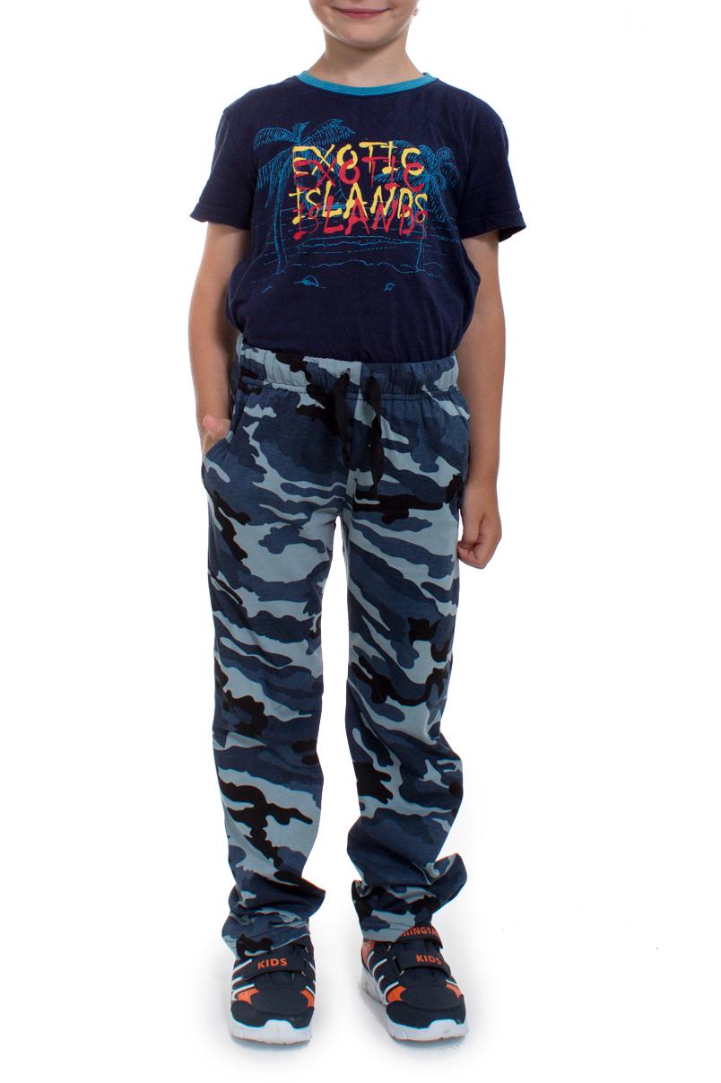 БрюкиБрюки<br>Хлопковые брюки для мальчика.  В изделии используются цвета: голубой, синий, черный.   Размер 74 соответствует росту 70-73 см Размер 80 соответствует росту 74-80 см Размер 86 соответствует росту 81-86 см Размер 92 соответствует росту 87-92 см Размер 98 соответствует росту 93-98 см Размер 104 соответствует росту 98-104 см Размер 110 соответствует росту 105-110 см Размер 116 соответствует росту 111-116 см Размер 122 соответствует росту 117-122 см Размер 128 соответствует росту 123-128 см Размер 134 соответствует росту 129-134 см Размер 140 соответствует росту 135-140 см Размер 146 соответствует росту 141-146 см Размер 152 соответствует росту 147-152 см Размер 158 соответствует росту 153-158 см Размер 164 соответствует росту 159-164 см<br><br>По возрасту: Школьные ( от 7 до 13 лет)<br>По материалу: Хлопковые<br>По образу: Повседневные,Спорт,Уличные<br>По рисунку: Цветные<br>По сезону: Зима,Осень,Весна<br>По силуэту: Полуприталенные<br>По стилю: Спортивные<br>По элементам: На резинке,С карманами<br>По длине: Удлиненные<br>Размер : 128<br>Материал: Хлопок<br>Количество в наличии: 1