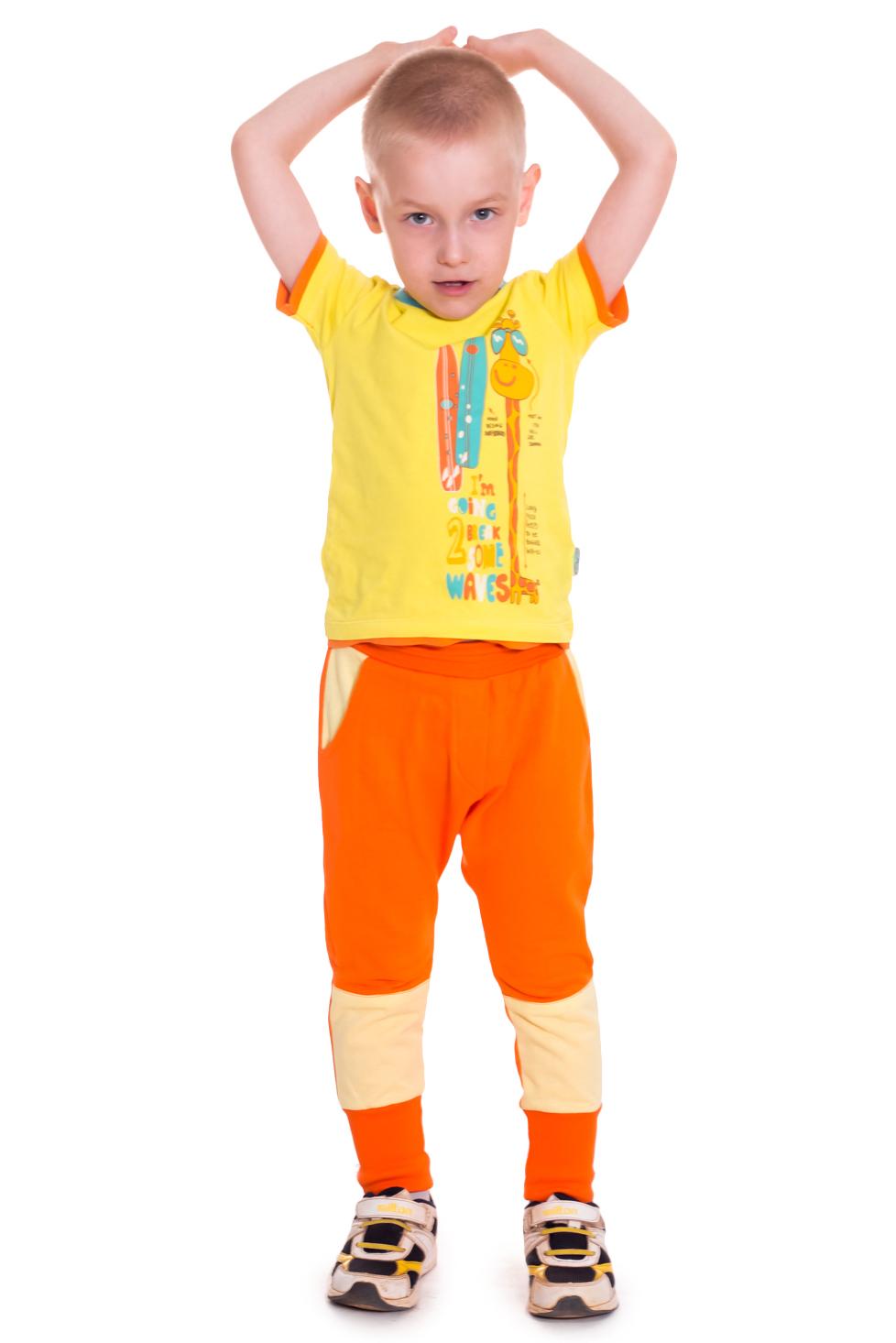 ШтаныБрюки<br>Трикотажные брюки для мальчика  В изделии использованы цвета: оранжевый, бежевый  Размер 74 соответствует росту 70-73 см Размер 80 соответствует росту 74-80 см Размер 86 соответствует росту 81-86 см Размер 92 соответствует росту 87-92 см Размер 98 соответствует росту 93-98 см Размер 104 соответствует росту 98-104 см Размер 110 соответствует росту 105-110 см Размер 116 соответствует росту 111-116 см Размер 122 соответствует росту 117-122 см Размер 128 соответствует росту 123-128 см Размер 134 соответствует росту 129-134 см Размер 140 соответствует росту 135-140 см Размер 146 соответствует росту 141-146 см Размер 152 соответствует росту 147-152 см Размер 158 соответствует росту 153-158 см Размер 164 соответствует росту 159-164 см<br><br>По возрасту: Дошкольные ( от 3 до 7 лет),Школьные ( от 7 до 13 лет)<br>По материалу: Трикотажные,Хлопковые<br>По образу: Повседневные,Спорт,Уличные<br>По силуэту: Полуприталенные<br>По стилю: Спортивные<br>По элементам: На резинке,С карманами<br>По сезону: Осень,Весна<br>По рисунку: Цветные<br>Размер : 116,122,128<br>Материал: Трикотаж<br>Количество в наличии: 4