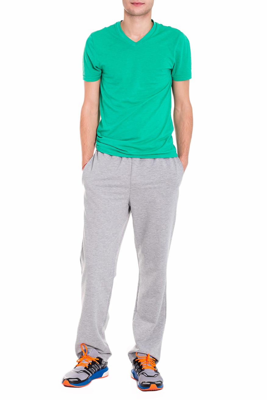 БрюкиСпортивная одежда<br>Мужские хлопковые брюки. Отличный вариант для активного отдыха. Ростовка изделия 182 см.  Цвет: серый  Рост мужчины-фотомодели 182 см<br><br>По сезону: Осень,Весна<br>Размер : 46,48,50,52,54,56<br>Материал: Трикотаж<br>Количество в наличии: 16