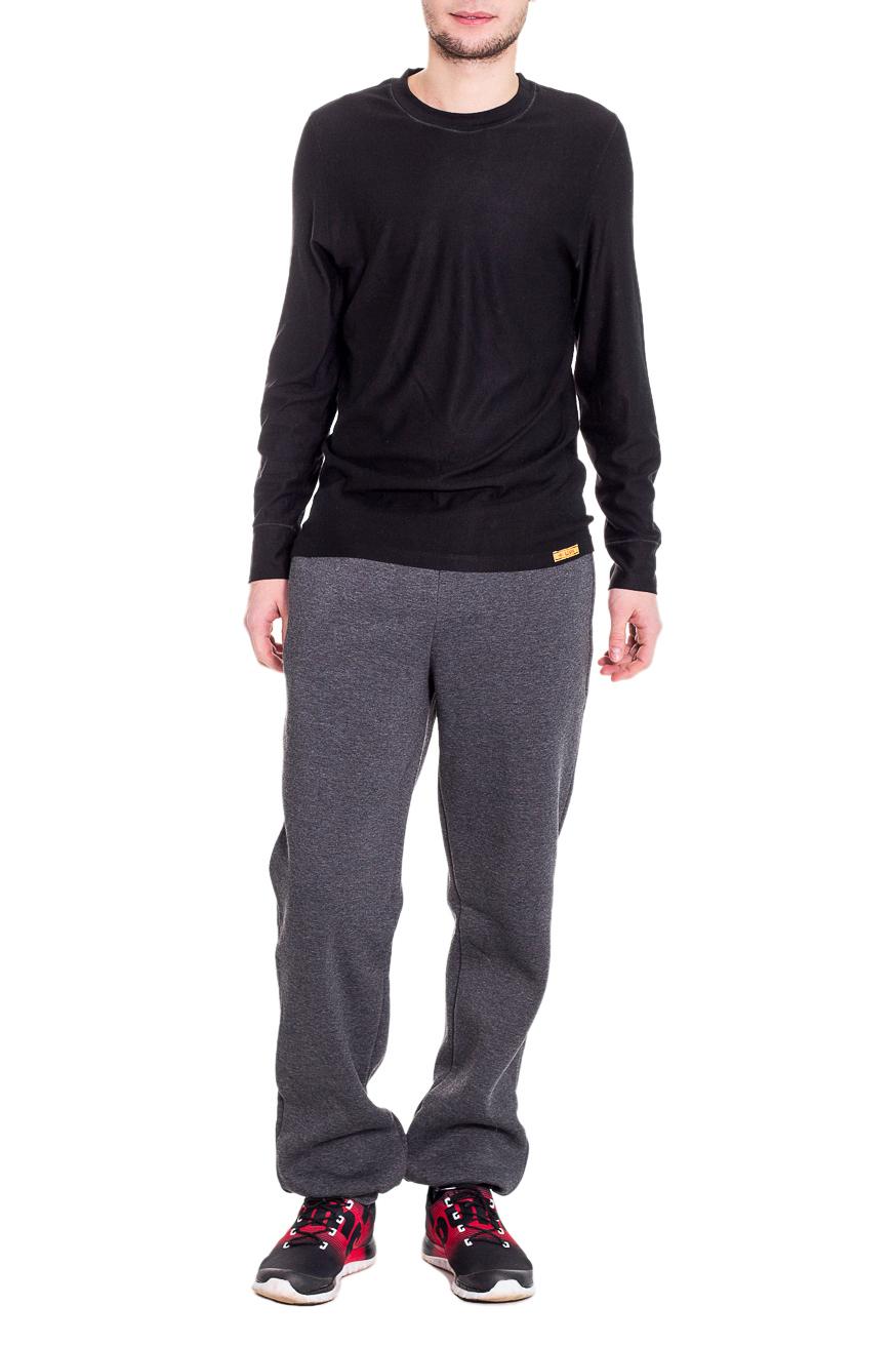 БрюкиСпортивная одежда<br>Утепленные мужские брюки с начесом. Отличный вариант для активного отдыха.  Цвет: серый  Рост мужчины-фотомодели 182 см<br><br>По сезону: Зима<br>Размер : 46/182,52/176,56/176<br>Материал: Трикотаж<br>Количество в наличии: 3