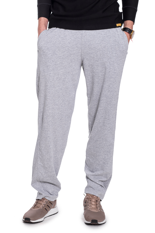 БрюкиБрюки<br>Мужские трикотажные брюки. Отличный вариант для активного отдыха и для домашнего использования.  Рост мужчины-фотомодели 182 см.  Цвет: серый<br><br>По сезону: Всесезон<br>Размер : 48,50<br>Материал: Трикотаж<br>Количество в наличии: 8