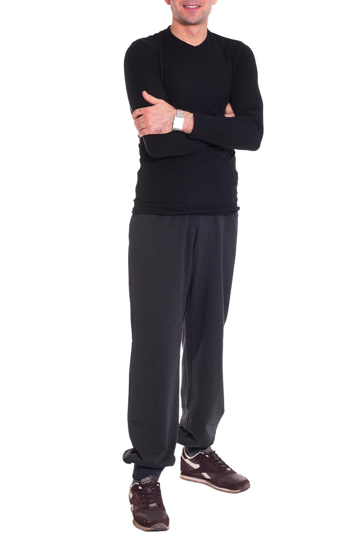 БрюкиСпортивная одежда<br>Удобные мужские брюки. Отличный вариант для активного отдыха.  Цвет: серый  Рост мужчины-фотомодели 177 см<br><br>По сезону: Осень,Весна<br>Размер : 46,50,52,54,56<br>Материал: Трикотаж<br>Количество в наличии: 8
