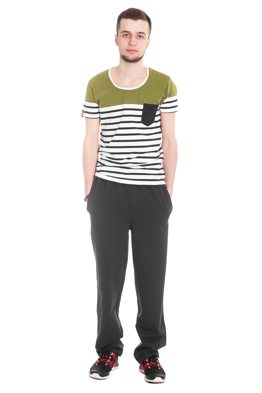 БрюкиБрюки<br>Универсальные трикотажные брюки, которые идеально подойдут как для повседневного использования, так и для домашнего использования.  Цвет: темно-синий.  Ростовка изделия 182 - 188 см<br><br>По сезону: Лето<br>Размер : 48<br>Материал: Трикотаж<br>Количество в наличии: 1