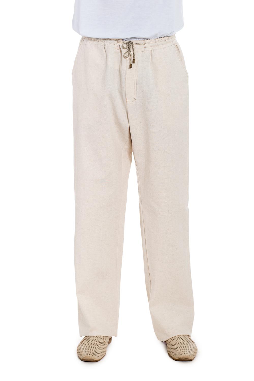 БрюкиБрюки<br>Удобные брюки с карманами. Модель выполнена из ткани с добавлением льна. Отличный выбор для летнего гардероба.  Цвет: бежевый  Рост мужчины-фотомодели 177 см<br><br>По сезону: Лето<br>Размер : 52,54,56<br>Материал: Лен<br>Количество в наличии: 4