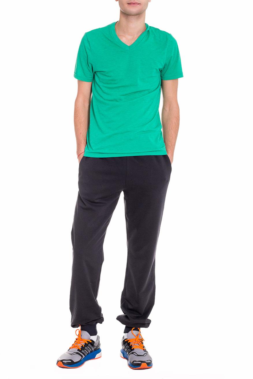 БрюкиСпортивная одежда<br>Мужские хлопковые брюки. Отличный вариант для активного отдыха.  Цвет: черный  Рост мужчины-фотомодели 182 см<br><br>По сезону: Осень,Весна<br>Размер : 46,48,50,52,54,56<br>Материал: Трикотаж<br>Количество в наличии: 21
