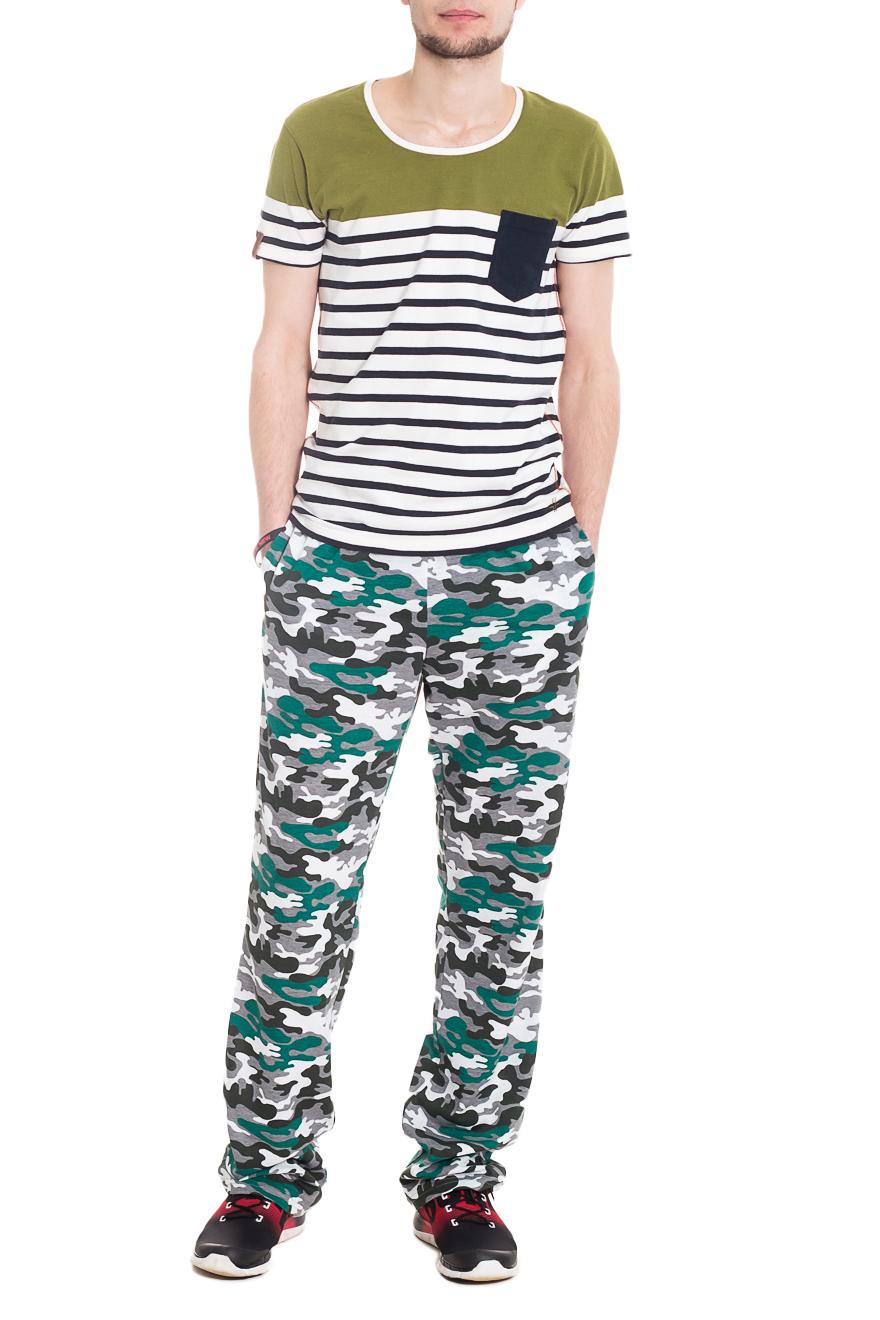 БрюкиСпортивная одежда<br>Мужские хлопковые брюки. Отличный вариант для активного отдыха.  Ростовка изделия 182 см  Цвет: серый, зеленый и др.  Рост мужчины-фотомодели 182 см<br><br>По сезону: Осень,Весна<br>Размер : 44,46,48,50,52,54,56<br>Материал: Хлопок<br>Количество в наличии: 21