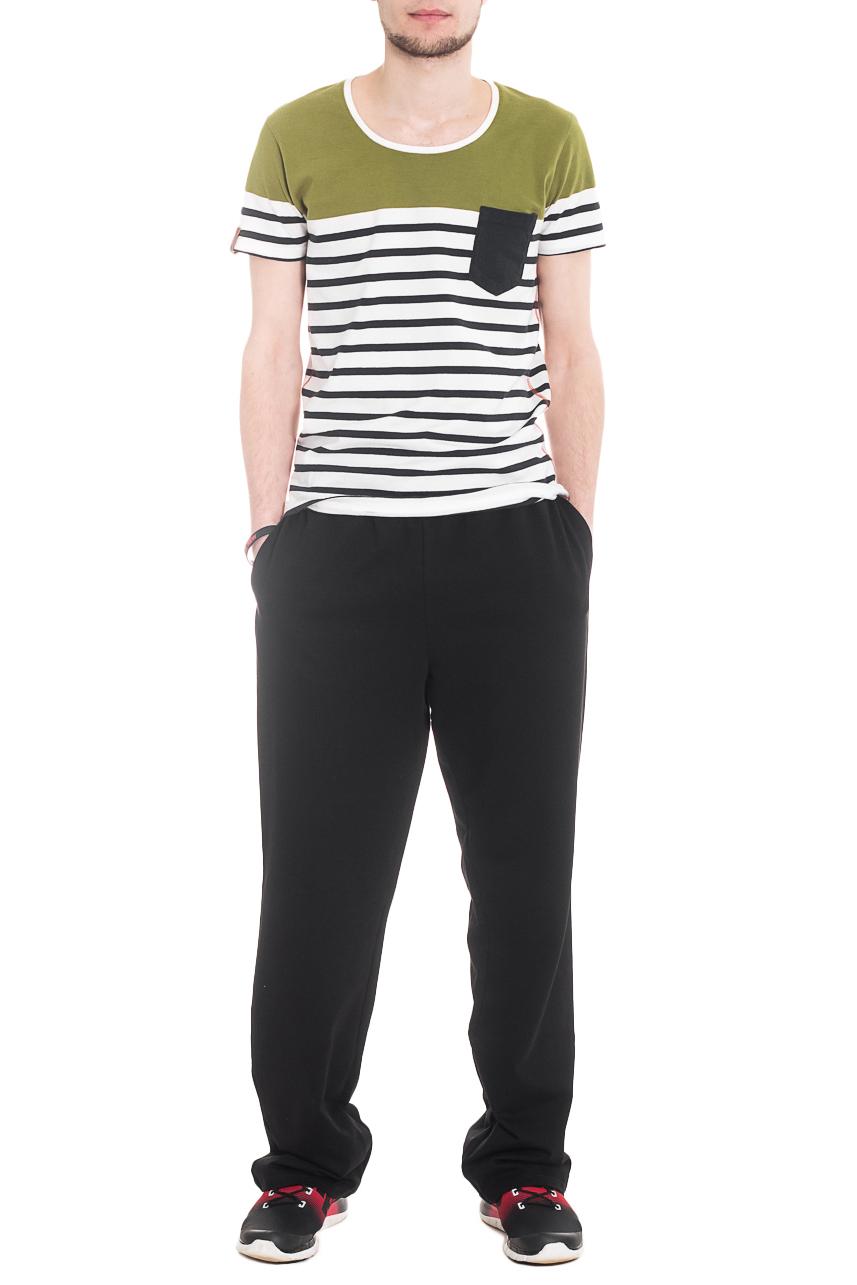 БрюкиСпортивная одежда<br>Мужские хлопковые брюки. Отличный вариант для активного отдыха.  Ростовка изделия 176 см  Цвет: Черный.  Рост мужчины-фотомодели 182 см<br><br>По сезону: Осень,Весна<br>Размер : 46,48,50,52,54,56<br>Материал: Трикотаж<br>Количество в наличии: 31
