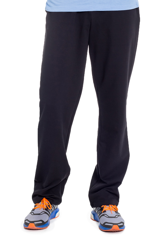 БрюкиБрюки<br>Мужские хлопковые брюки из трикотажа. Отличный выбор для повседневного гардероба и активного отдыха.  Цвет: черный  Рост мужчины-фотомодели 182 см<br><br>По сезону: Всесезон<br>Размер : 46,48,50,52,54,56<br>Материал: Трикотаж<br>Количество в наличии: 26