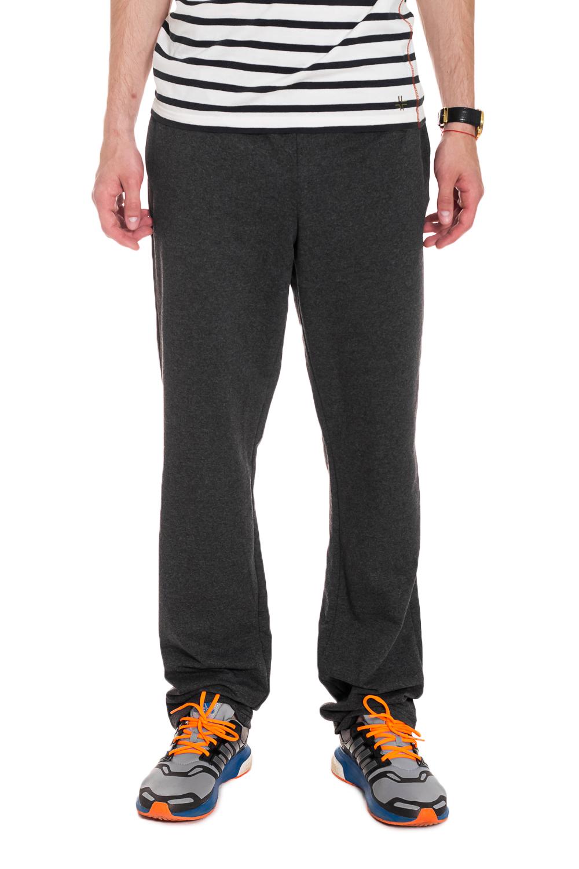 БрюкиБрюки<br>Мужские хлопковые брюки из трикотажа. Отличный выбор для повседневного гардероба и активного отдыха.  Цвет: темно-серый  Рост мужчины-фотомодели 182 см<br><br>По сезону: Всесезон<br>Размер : 46,50,52,54<br>Материал: Трикотаж<br>Количество в наличии: 7