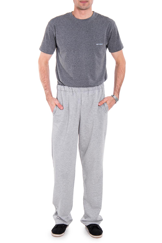 БрюкиБрюки<br>Удобные и практичные мужские брюки. Модель выполнена из эластичного трикотажа. Отличный выбор для занятий спортом или активного отдыха. Ростовка изделия 176 см.  Цвет: серый  Рост мужчины-фотомодели 177 см<br><br>По сезону: Всесезон<br>Размер : 48,52<br>Материал: Трикотаж<br>Количество в наличии: 2