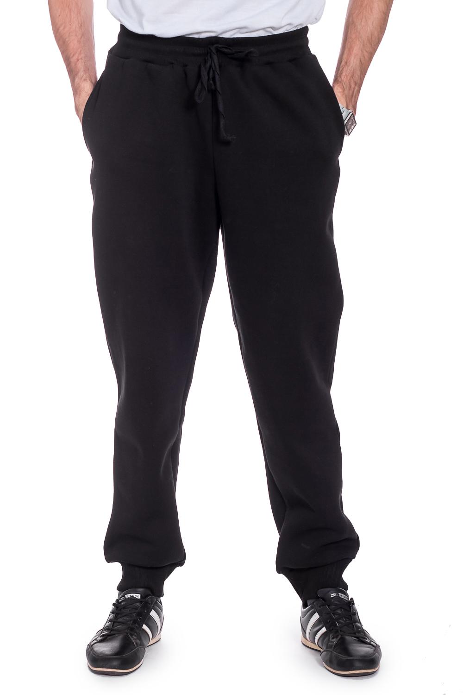 БрюкиБрюки<br>Трикотажные мужские брюки. Отличный выбор для занятий спортом или активного отдыха. Ростовка изделия 176 см.  Цвет: черный  Рост мужчины-фотомодели 177 см<br><br>По сезону: Осень,Весна<br>Размер : 48,54<br>Материал: Трикотаж<br>Количество в наличии: 3