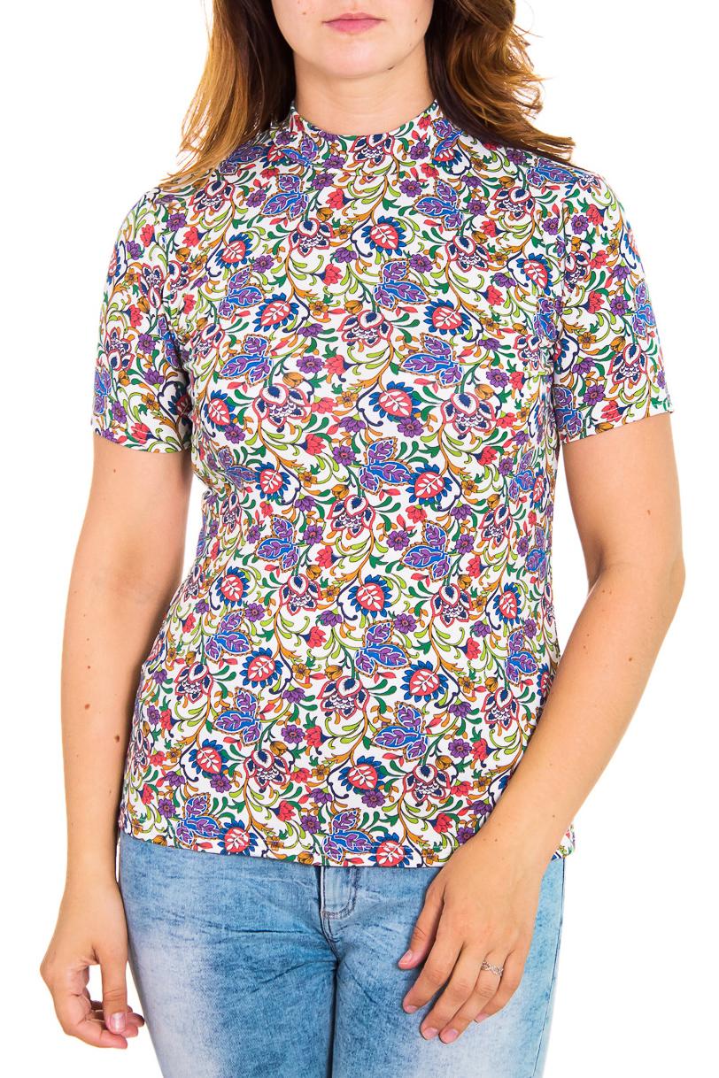 БлузкаБлузки<br>Цветная женская блузка с небольшим воротником стойка и короткими рукавами. Модель выполнена из приятного трикотажа. Отличный выбор для повседневного гардероба.  Цвет: белый, сиреневый, зеленый, розовый, бежевый   Рост девушки-фотомодели 180 см<br><br>Воротник: Стойка<br>По материалу: Вискоза<br>По рисунку: Абстракция,Цветные,С принтом<br>По сезону: Весна,Всесезон,Зима,Лето,Осень<br>По силуэту: Приталенные<br>По стилю: Повседневный стиль,Летний стиль<br>Рукав: Короткий рукав<br>Размер : 48,50,54,58<br>Материал: Вискоза<br>Количество в наличии: 5