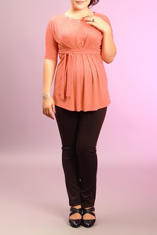 БлузкаБлузки<br>Женская блузка с круглой горловиной и рукавами до локтя. Модель выполнена из мягкой вискозы. Отличный выбор для повседневного гардероба.  За счет свободного кроя и эластичного материала изделие можно носить во время беременности  Цвет: коралловый<br><br>Горловина: С- горловина<br>По материалу: Вискоза,Трикотаж<br>По рисунку: Однотонные<br>По сезону: Весна,Осень,Всесезон,Зима,Лето<br>По силуэту: Полуприталенные<br>По элементам: С декором,Со складками<br>По стилю: Повседневный стиль<br>Рукав: До локтя<br>Размер : 46<br>Материал: Трикотаж<br>Количество в наличии: 1