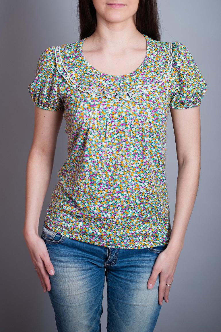 БлузаБлузки<br>Красивая блузка с короткими рукавами. Модель выполнена из мягкой вискозы с цветочным принтом. Отличный выбор для повседневного гардероба.  В изделии использованы цвета: зеленый, желтый и др.  Ростовка изделия 170 см.<br><br>Горловина: С- горловина<br>По материалу: Вискоза<br>По рисунку: Растительные мотивы,С принтом,Цветные,Цветочные<br>По сезону: Весна,Зима,Лето,Осень,Всесезон<br>По силуэту: Прямые<br>По стилю: Повседневный стиль,Летний стиль<br>По элементам: С декором,С воланами и рюшами<br>Рукав: Короткий рукав<br>Размер : 44,46,48,50,52<br>Материал: Вискоза<br>Количество в наличии: 5
