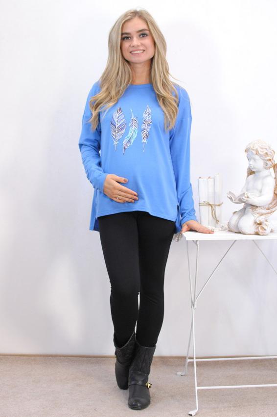 СвитшотКофты для будущих мам<br>Новинка этого сезона – свитшоты – вот что действительно модно Удобный, теплый, мягкий свитшот. Очень красивая модель с модным принтом станет любимой вещью в вашем гардеробе. Свитшот можно носить на любом сроке беременности и после родов.  Цвет: нежно-голубый  Параметры для 42 размера:  Длина изделия по спинке 67 см Длина рукава 41 см  Ростовка изделия 170 см<br><br>Горловина: С- горловина<br>По длине: Средней длины<br>По материалу: Трикотаж,Хлопок<br>По образу: Город<br>По рисунку: С принтом,Цветные<br>По сезону: Осень,Зима<br>По силуэту: Свободные<br>По стилю: Кэжуал,Повседневный стиль<br>По элементам: С декором,С фигурным низом<br>Рукав: Длинный рукав<br>Размер : 46,48,50,52<br>Материал: Трикотаж<br>Количество в наличии: 7
