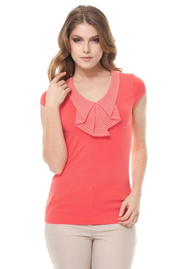 БлузкаБлузки<br>Красивая блузка с короткими рукавами. Модель выполнена из приятного материала. Отличный выбор для повседневного гардероба.  Цвет: коралловый, белый  Ростовка изделия 170 см.<br><br>По образу: Город,Свидание<br>По стилю: Повседневный стиль<br>По материалу: Трикотаж,Вискоза<br>По рисунку: Однотонные<br>По сезону: Весна,Зима,Лето,Всесезон,Осень<br>По силуэту: Приталенные<br>Рукав: Короткий рукав<br>Горловина: С- горловина<br>Размер: 44,52<br>Материал: 96% вискоза 4% эластан<br>Количество в наличии: 2